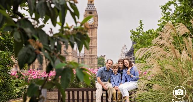 Preview - Children and Family Portrait Photography around London landmarks - Westminster & Shad Thames