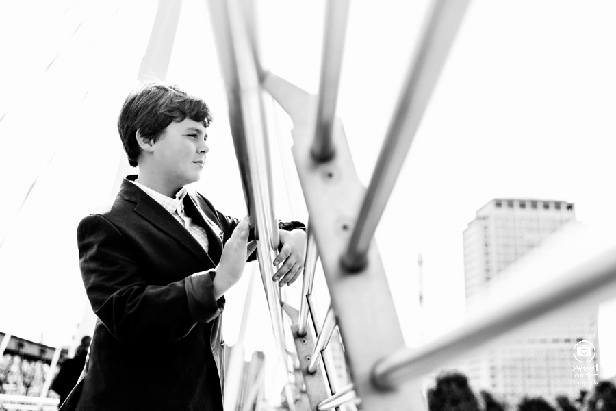 London Portrait Photography with teenagers - Westminster and Tower Bridge-43