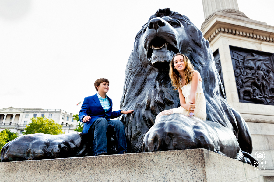 London Portrait Photography with teenagers - Westminster and Tower Bridge-46
