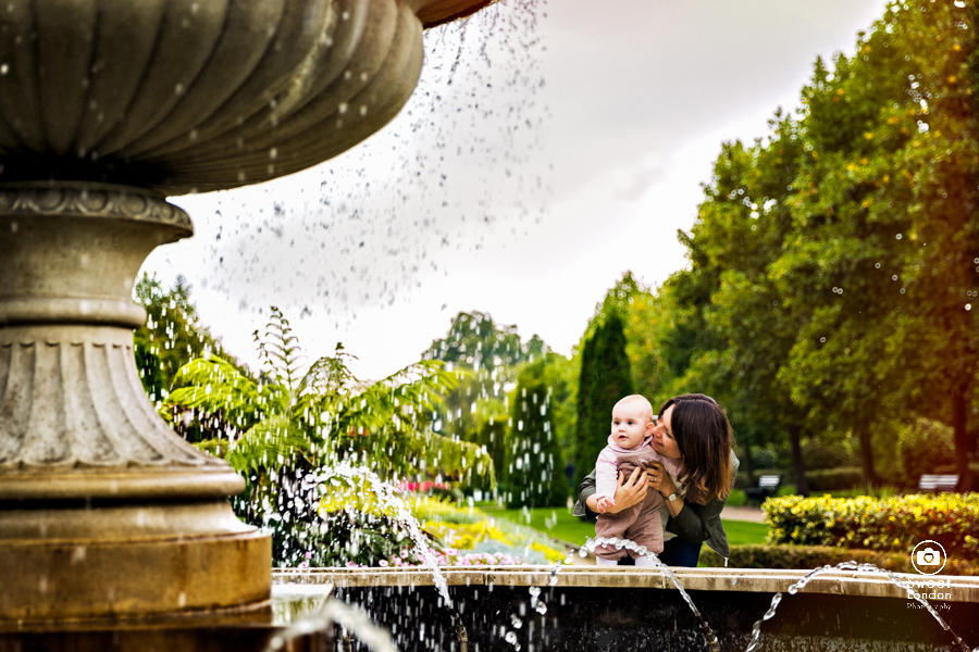 London Family Photographer in Regent's Park, Marylebone (7)