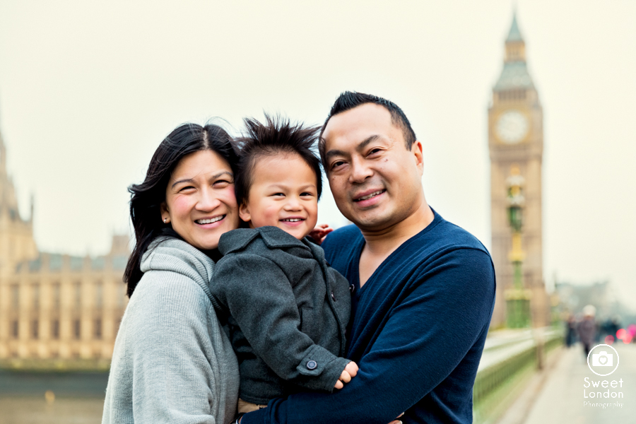 01_London Children and Family Photo Session - Westminster and Tower Bridge-20