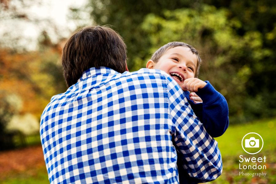 Children and Family Photography in Holland Park, West London (18)
