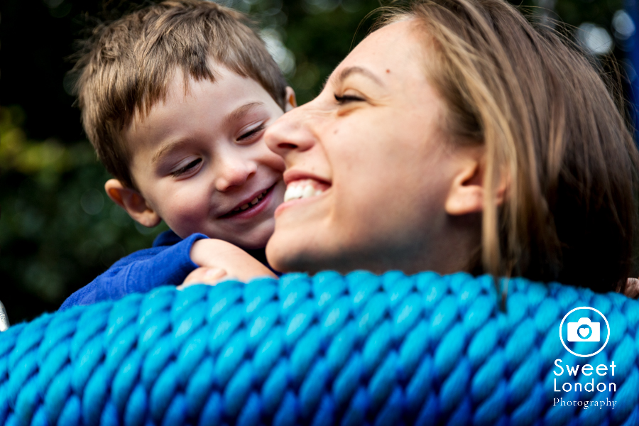 Children and Family Photography in Holland Park, West London (22)