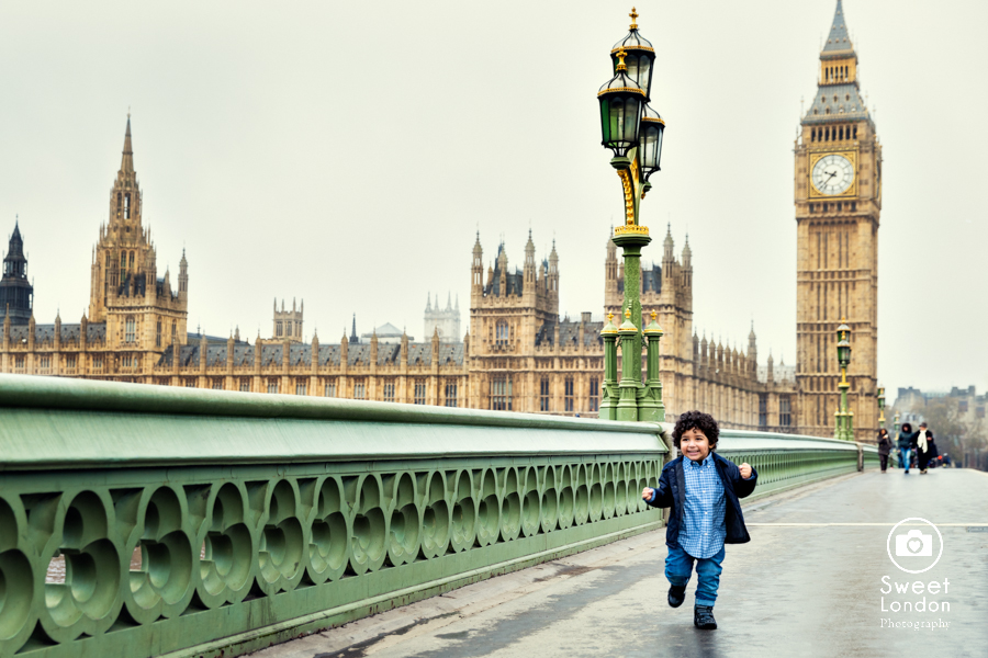 Family Photography with London sights - Big Ben, Westminster (10)