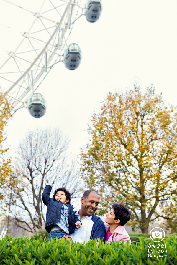 Family Photography with London sights - London Eye, Westminster (3)