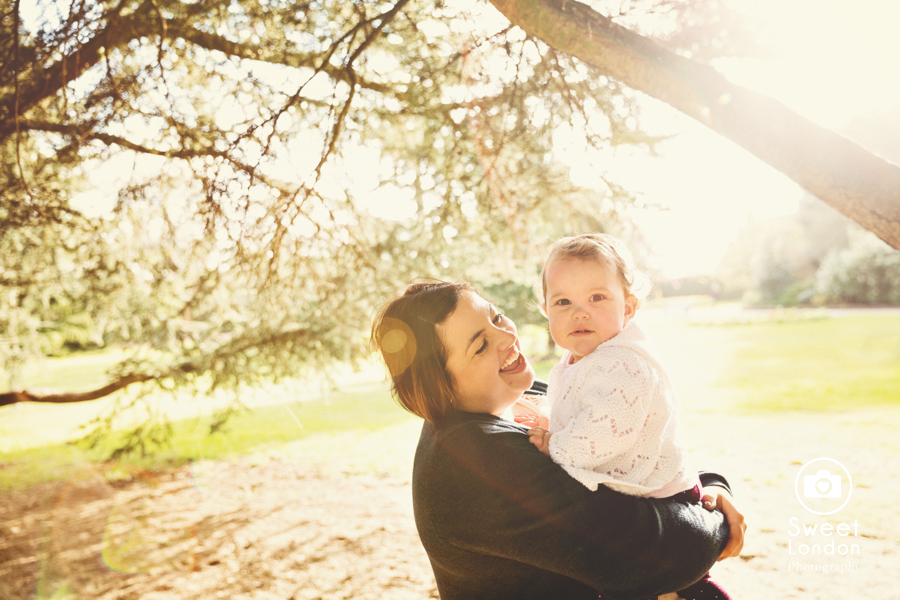 Baby photography in Greenwich Park and National Maritime Museum (17)