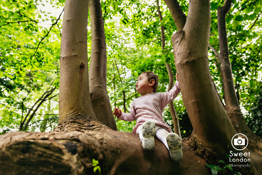 Family Photography in Fulham Palace and Bishops Park, West London (23)