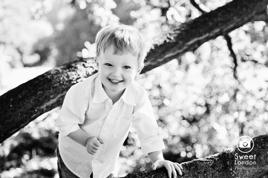 Family Photography in North-West London - Hampstead Heath (16)