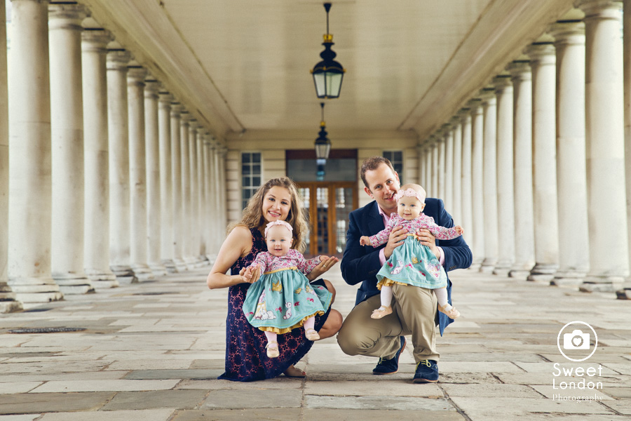 Baby and Family Photography with Twins in Greenwich Park, London - Ksenia and Anastasia