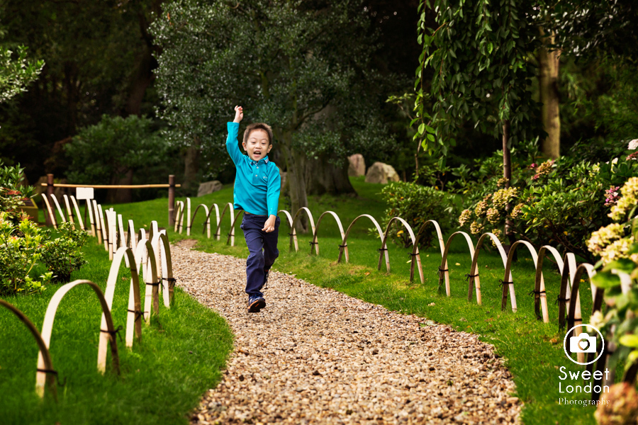 Children Photographer in Holland Park, West London Photo Shoot (30)