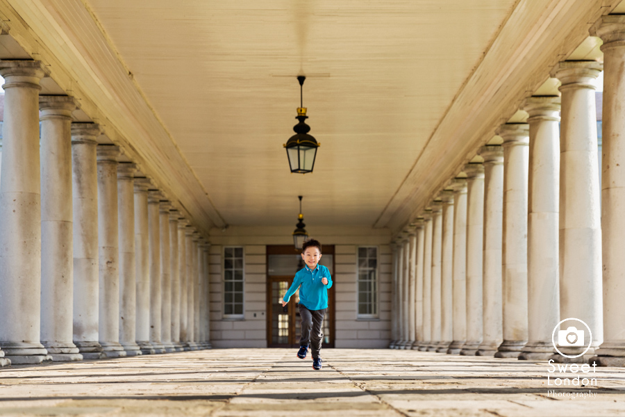 Family Photographer in Greenwich Park, South East London Photo Shoot (21)