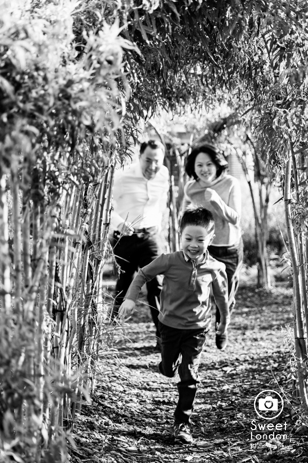 Family Photographer in Greenwich Park, South East London Photo Shoot (9)
