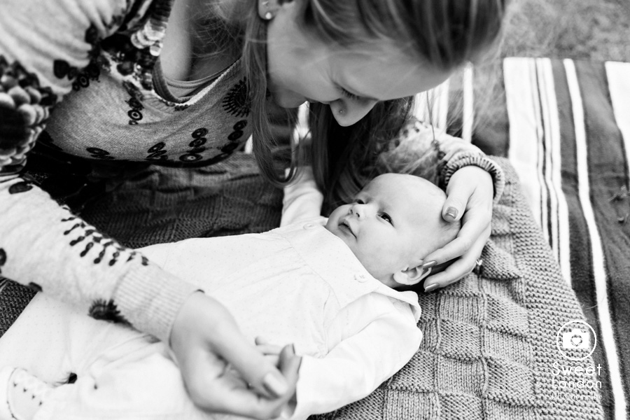 Family, baby and Newborn Photographer in Greenwich, London (21)