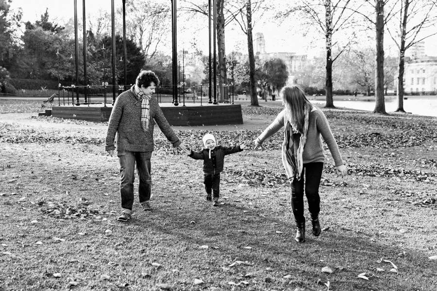 Birthday Family Photo Shoot in Regent's Park, NW London (6)
