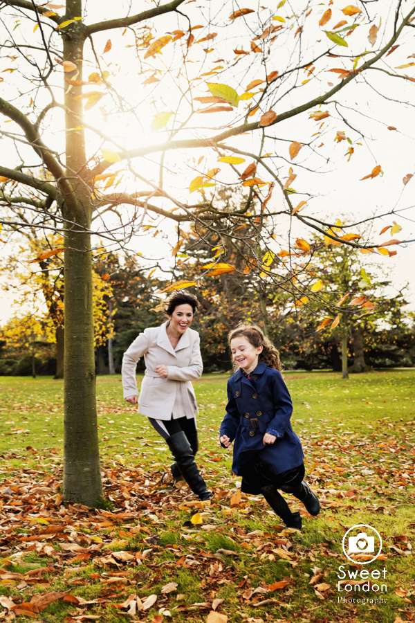 Children Photo Shoot in Greenwich Park - Christmas Cards (12)