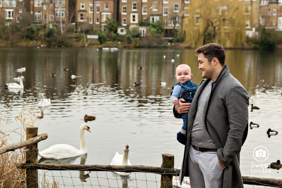 baby and family photo session in Hampstead Heath, North London (22)