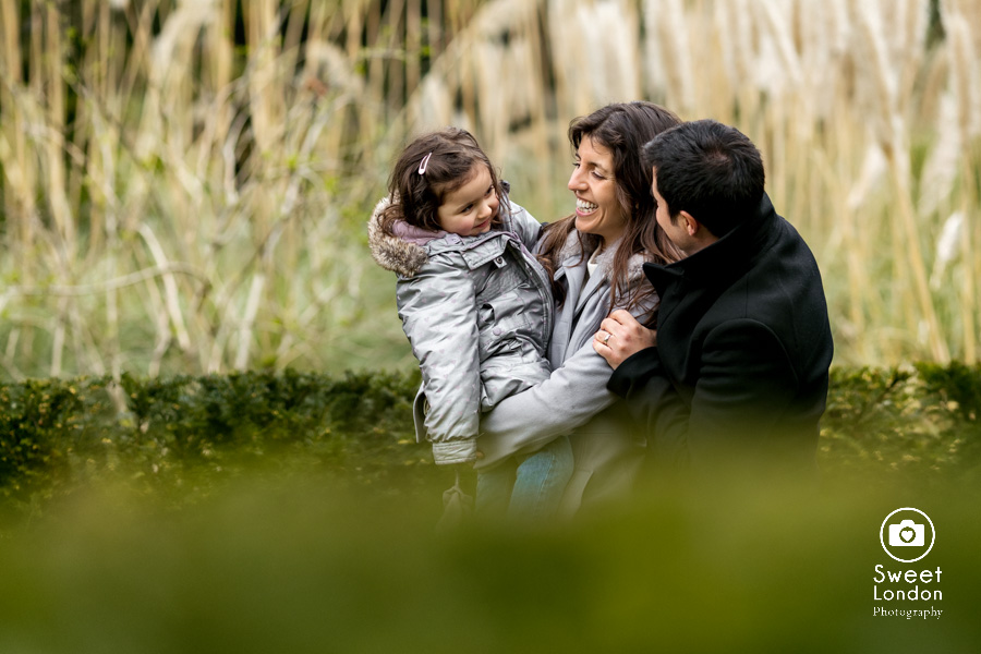 Holland Park Family Photographer (16)