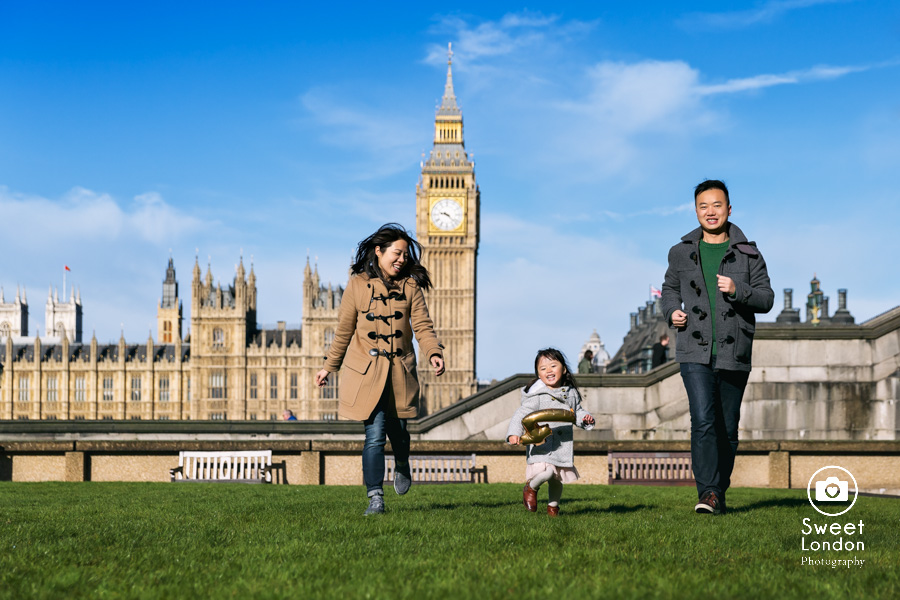 Tower Bridge and Westminster Family Photographer (19)
