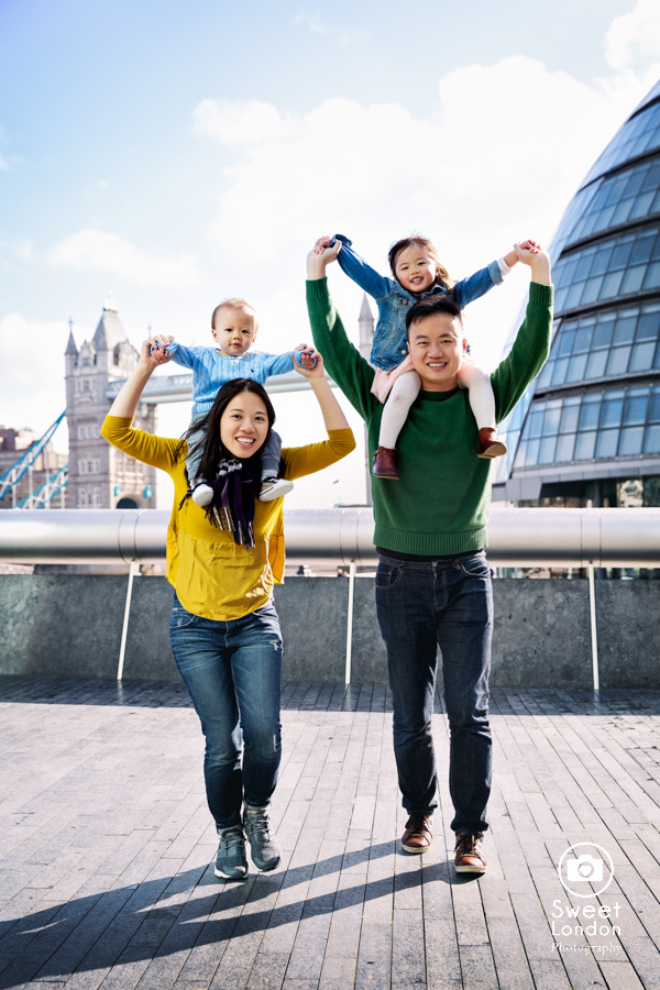 Tower Bridge and Westminster Family Photographer (29)