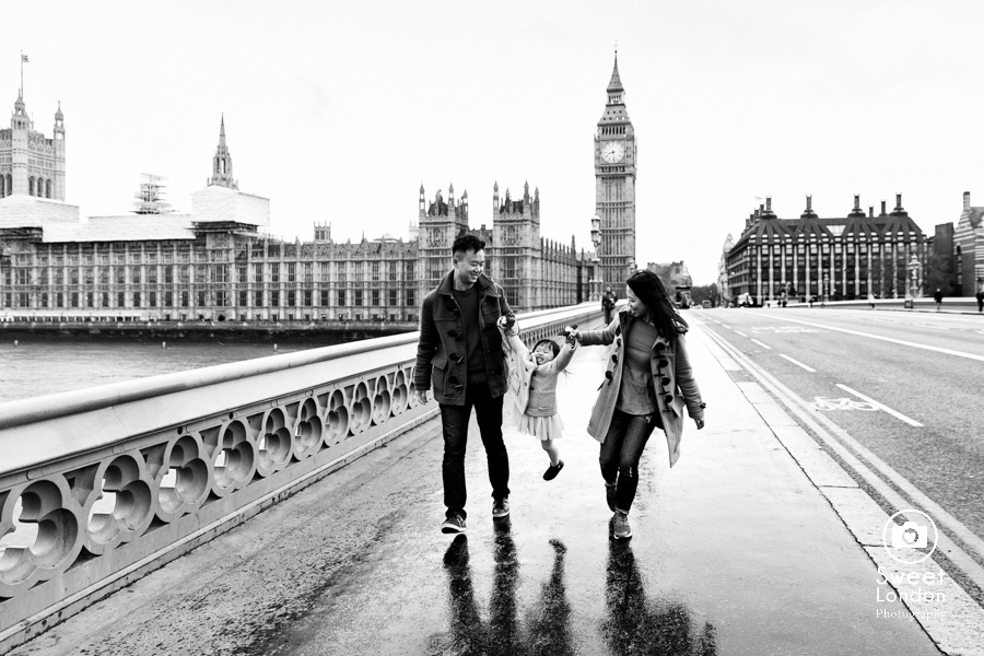 Tower Bridge and Westminster Family Photographer (6)