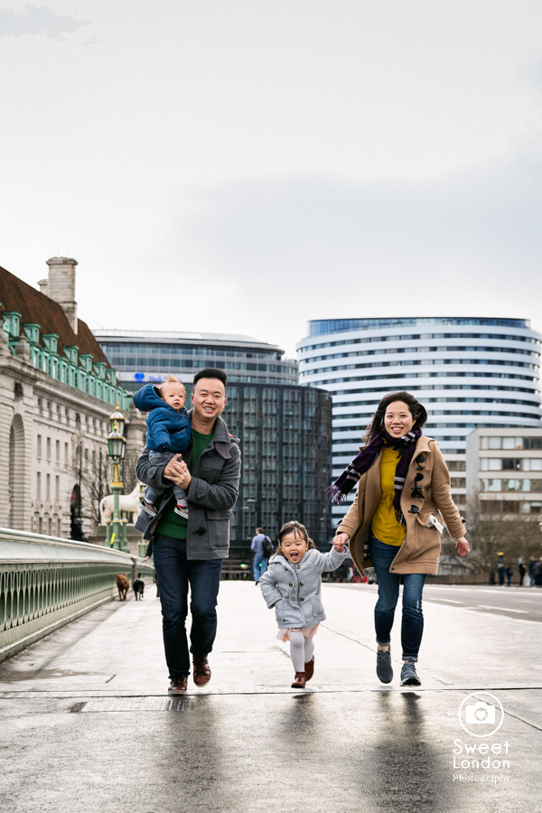 Tower Bridge and Westminster Family Photographer (7)
