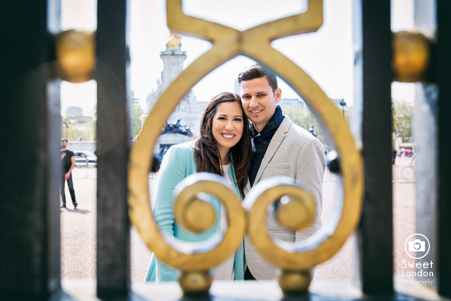London Couple Photography - Big Ben London Eye and Trafalgar Square (35)