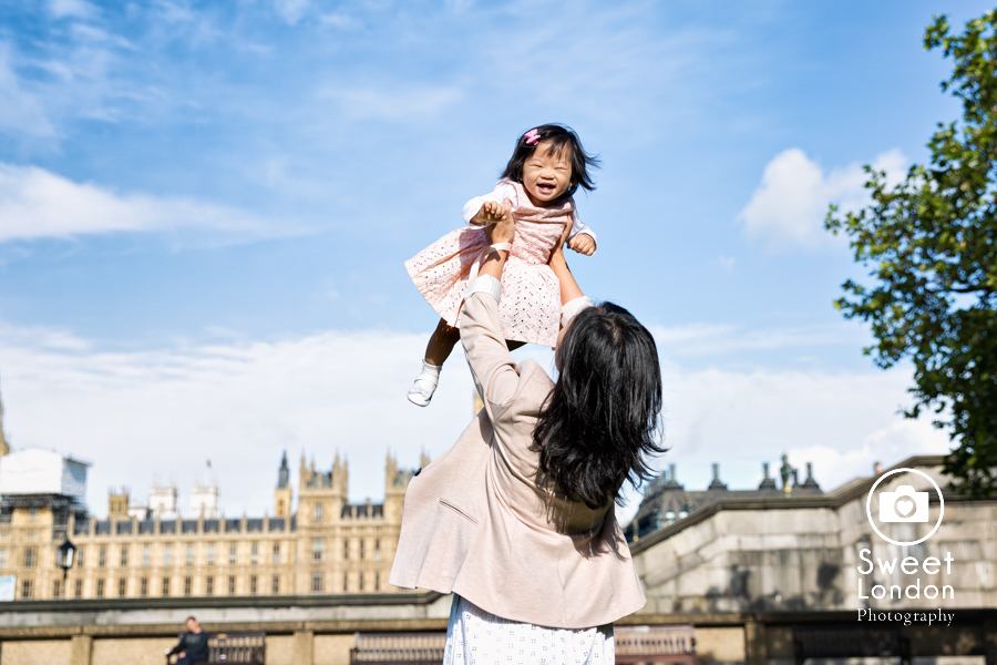 Natural Light Family Photographer - Westminster and Tower Bridge (16)