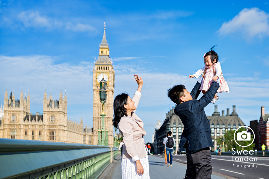 Natural Light Family Photographer - Westminster and Tower Bridge (5)