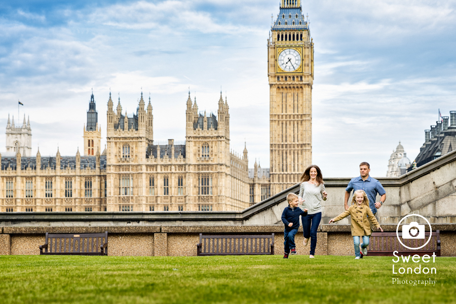 Best Travel Family Photographer in London (17)