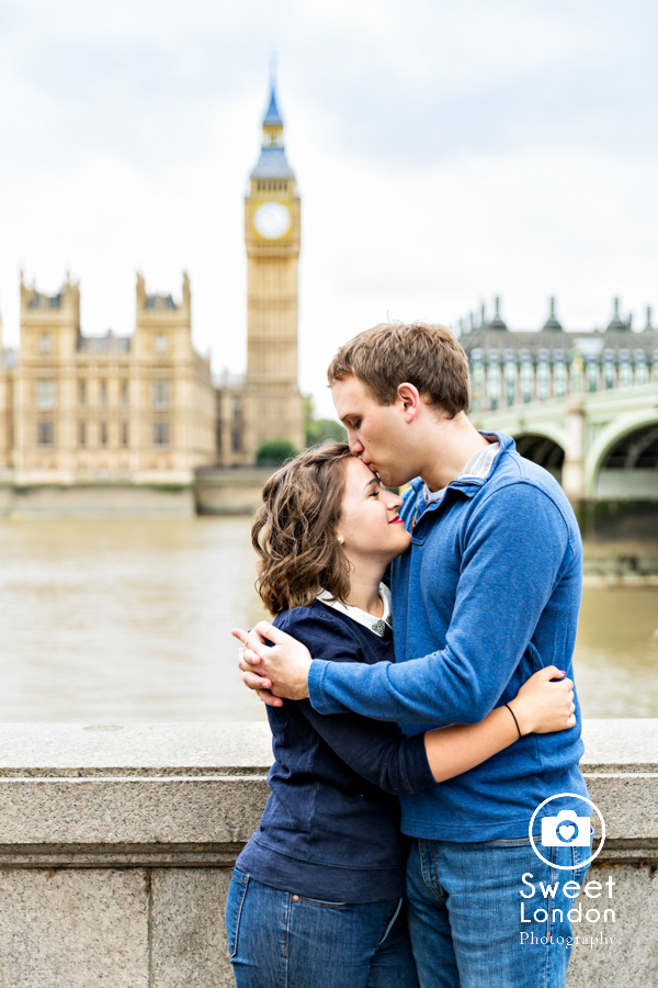 big-ben-and-tower-bridge-london-couple-photos-6