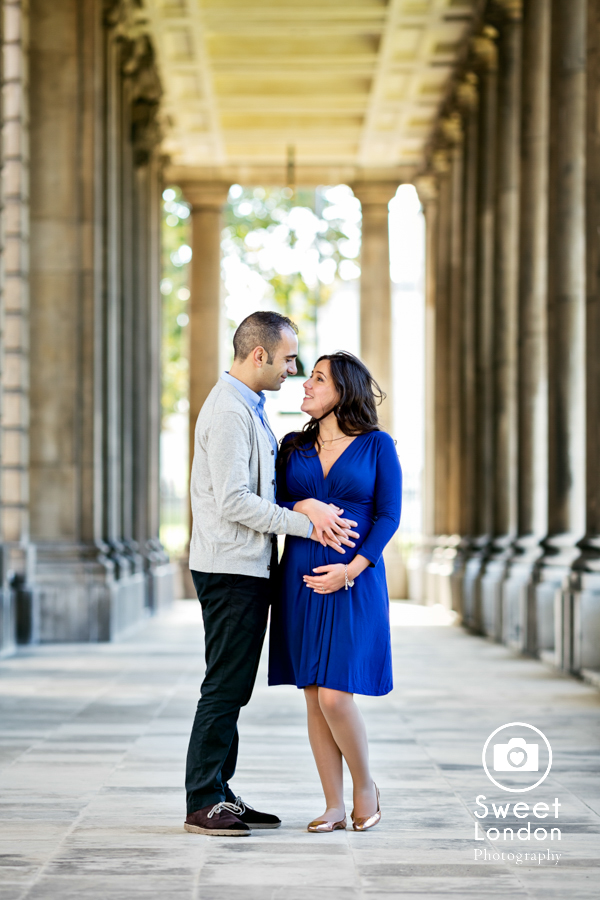 creative-autumn-maternity-photo-shoot-london-40