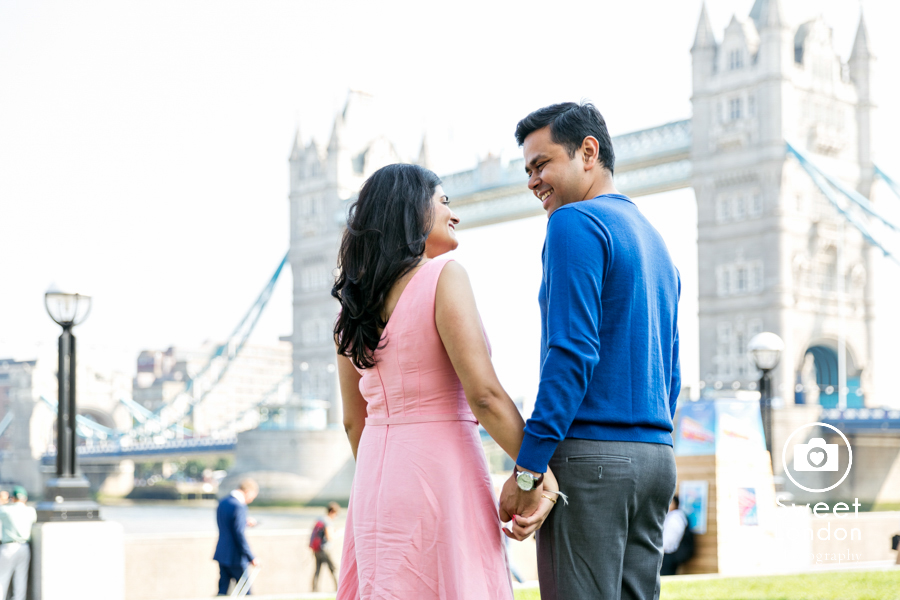 engagement-couple-photo-shoot-london-30