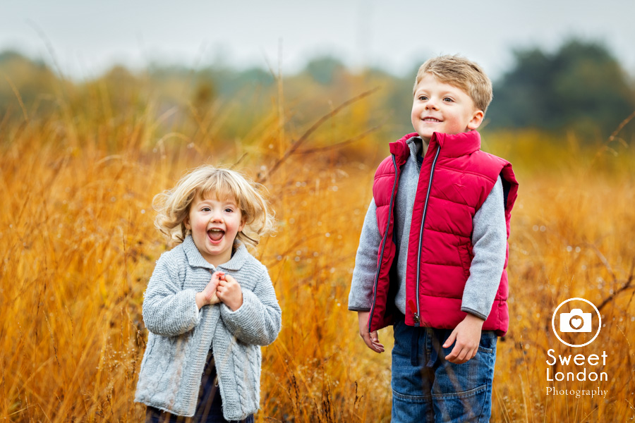 autumn-family-photo-shoot-london-family-photography-in-wimbledon-3