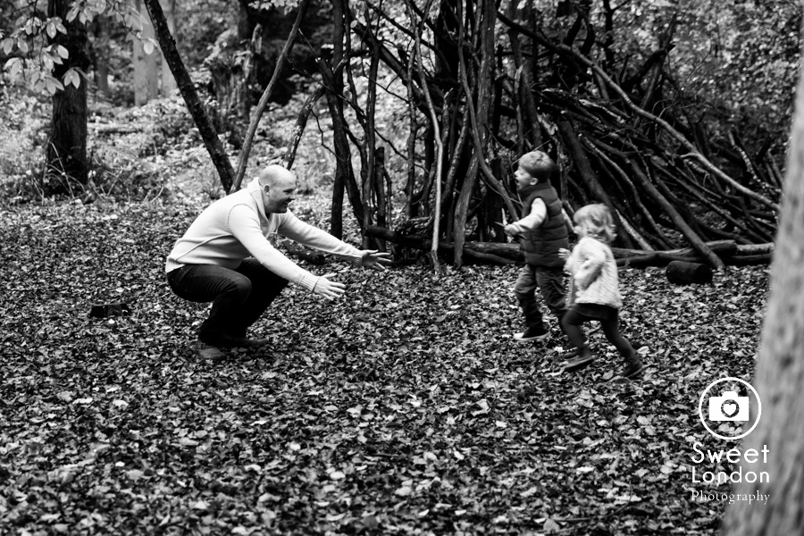 autumn-family-photo-shoot-london-family-photography-in-wimbledon-57