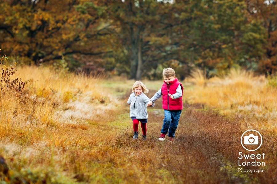 autumn-family-photo-shoot-london-family-photography-in-wimbledon-8