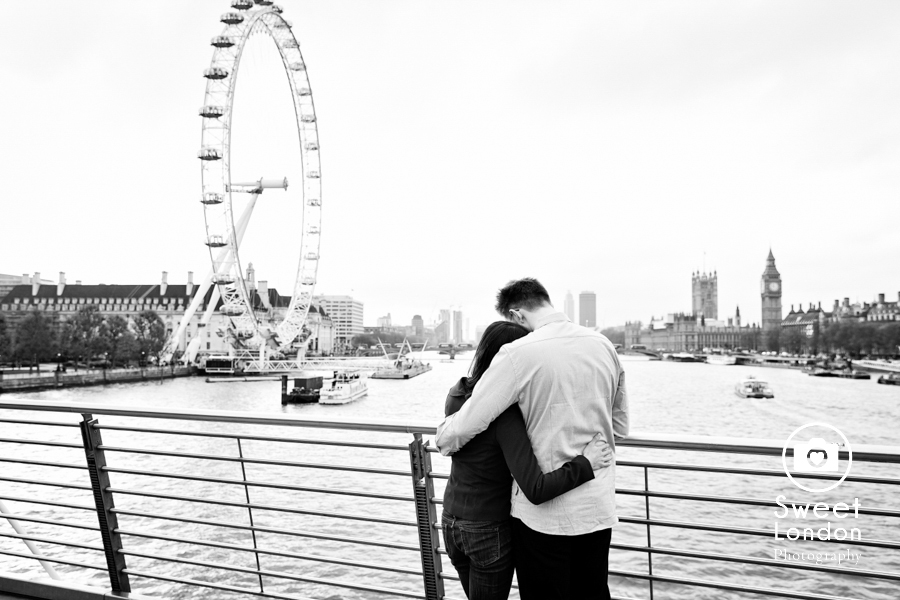 london-engagement-photographer-big-ben-trafalgar-square-red-telephone-box-st-james-park-34
