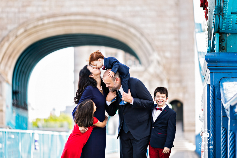 Tower Bridge Family Photo Shoot in Central London