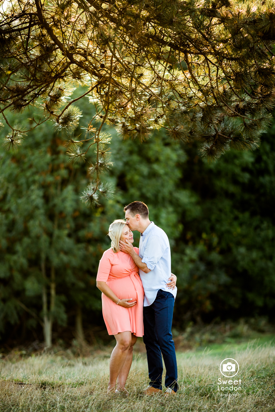 London maternity photographer in Hampstead Heath
